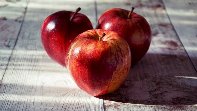 Apples For Heart and Bad Cholesterol