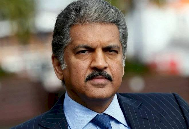 Anand Mahindra's viral clip on a math hack,Shahrukh Khan to Netizens loved it