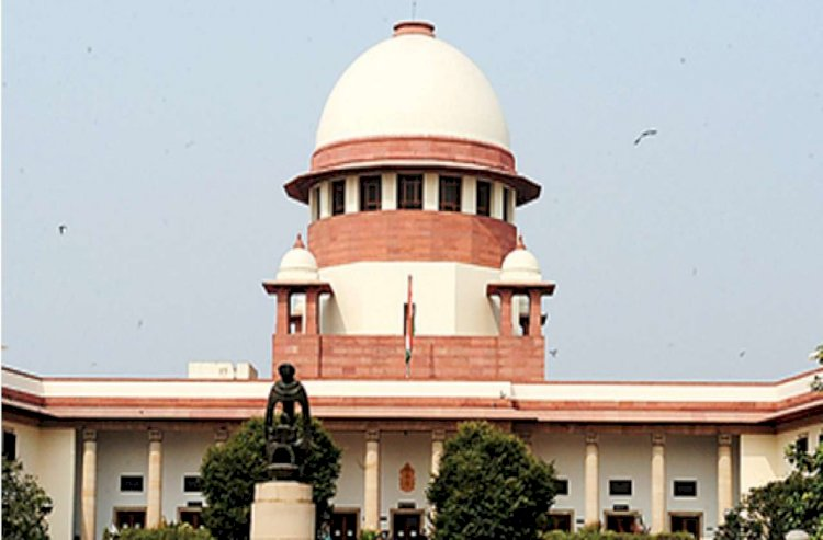 SC issues notice to centre ,J&K administration over Omar Abdullah's detention under PSA